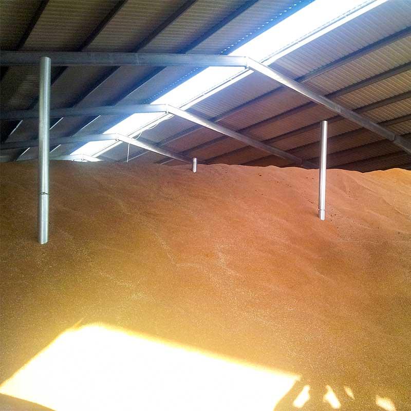 Kartoffel- und Getreidelagerhallen
